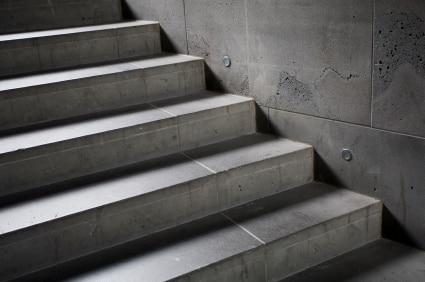 Nowoczesna architektura Czym wykończyć schody przed wejściem - porady Leroy Merlin QQ55