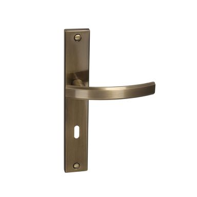 Klamka drzwiowa z długim szyldem pod klucz FIUME 72 Mosiądz antyczny INSPIRE