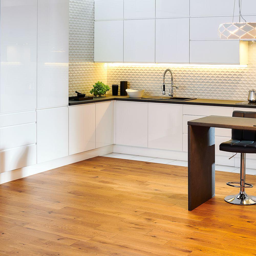 fronty delinia tulon bia y w sklepach leroy merlin. Black Bedroom Furniture Sets. Home Design Ideas