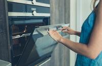 Jak wybrać piekarnik elektryczny do zabudowy?