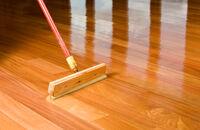 Zabezpieczamy drewnianą podłogę