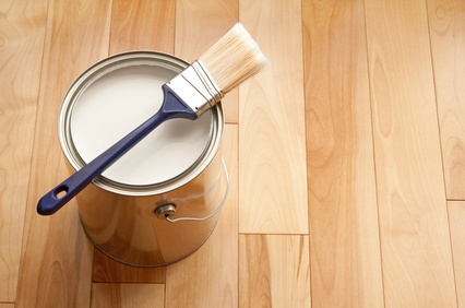 malowanie podłogi drewnianej