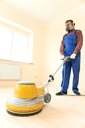 szlifowanie podłogi drewnianej