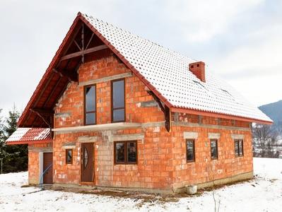 budowa domu przed zimą - stan surowy zamknięty