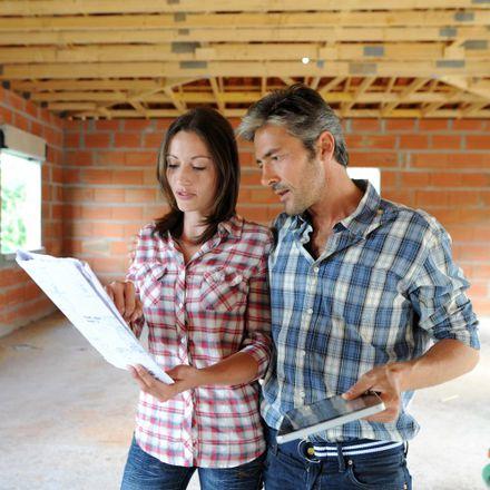 Budowa domu. W co inwestować a gdzie oszczędzać?