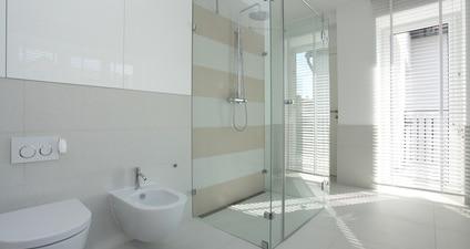 prysznic bez brodzika - przykład nr 1