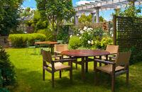 Jak odnowić meble ogrodowe?