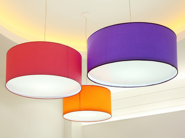 Lampy wiszące, ich rodzaje oraz zasady doboru do wnętrza
