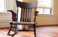 Odnawianie starego krzesła