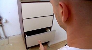 Montaż szafek stojących