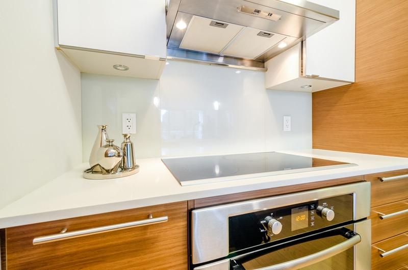 Jak zaaranżować małą kuchnię  porady Leroy Merlin -> Kuchnie Inspiracje Leroy Merlin
